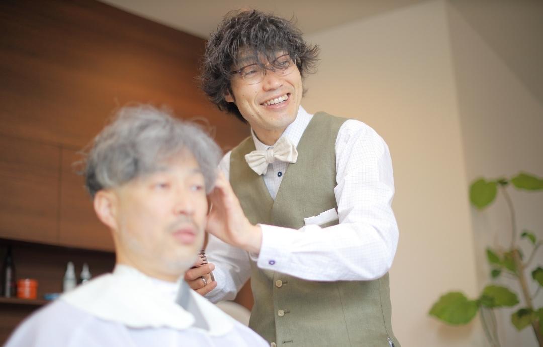 メンズ美容室KAPOK店長の笑顔